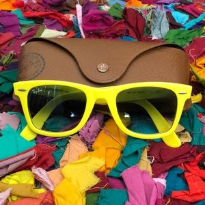 Ray Ban Yellow Wayfarer | Great Condition